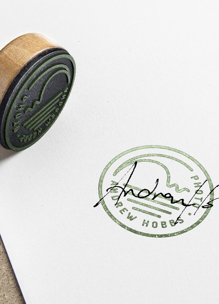 moloney-me-andrew-hobbs-branding